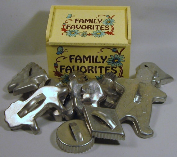 Vintage Yellow George Good Recipe Box with Tin Cookie Cutters