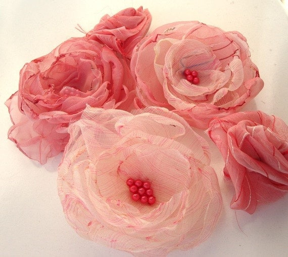 Pink Tones 5 Different Organza Fabric Flowers Set With Blossoom