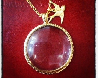 Shiny Gold Monocle Necklace MEDIUM size with Cute little Sparrow