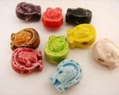 4 Tiny Ceramic Horse shoe Beads - CB785