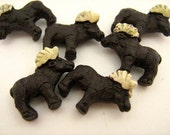 4 Tiny Moose Beads - CB793