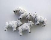 20 Tiny Billy Goat Beads - CB818
