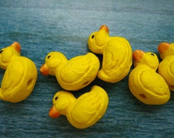 4 Tiny Ducky Beads - CB235