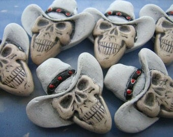 4 Large Skull Beads - with white cowboy hats - LG423