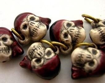 4 Tiny Pirate Skull Beads - CB407