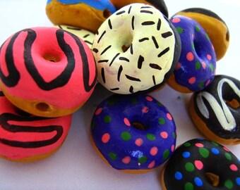 10 Large Doughnut Beads - LG440