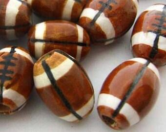20 Football Beads - medium - ceramic, sports, peruvian, NFL