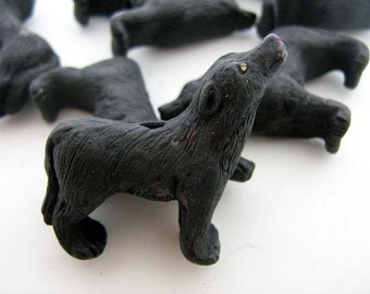 10 Large Howling Wolf Beads- black
