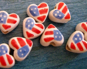 20 Tiny American Flag Heart Beads