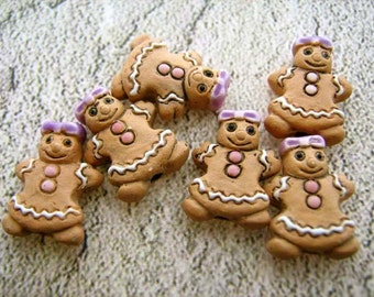 10 Tiny Gingerbread Girl Beads - CB345