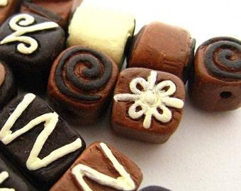 10 Tiny Chocolate Beads - mixed - CB739