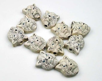 20 Ceramic Beads - Tiny White Tiger Head - CB186
