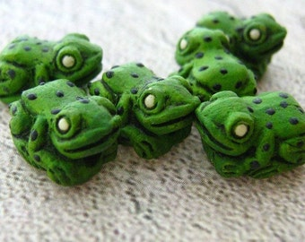 20 Tiny Green Poisen Frogs - CB80