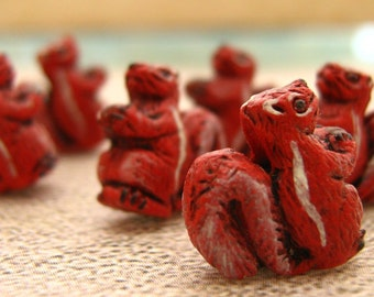 10 Tiny Squirrel Beads - red