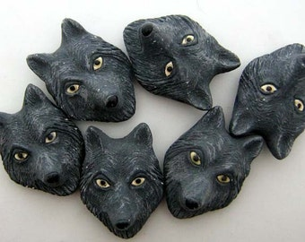 10 Ceramic Beads - Large Wolf Head - grey - LG259