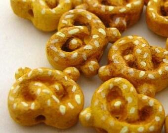 20 Tiny Ceramic Pretzel Beads - CB685