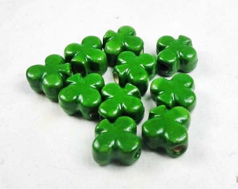 20 Tiny Clover Beads - CB783