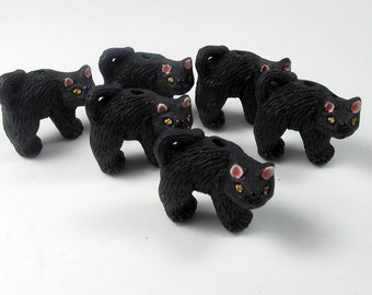 10 Large Halloween Cat Beads - LG309