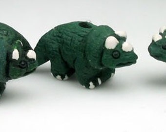 10 Tiny Triceratops Beads - CB217
