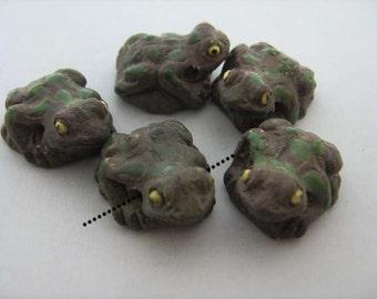 4 Large Grey Frog Beads