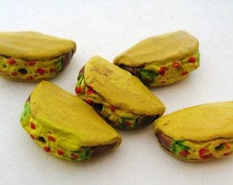 20 Tiny Taco Beads - CB814