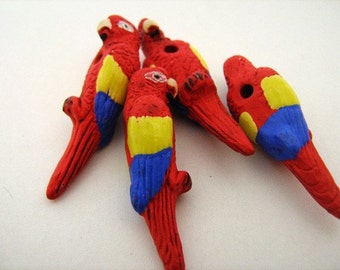 4 Large Parrot Beads - red - LG255