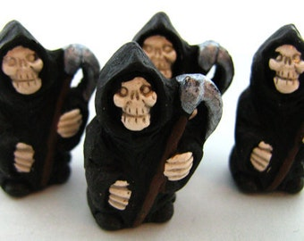 10 Ceramic Beads - Large Grim Reaper Beads - LG344