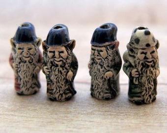 20 Tiny Mixed Gnome Beads