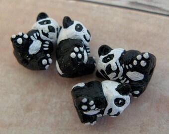 10 Tiny Panda Beads - CB81