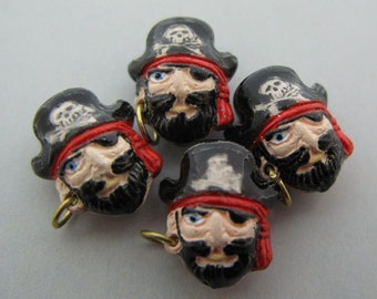 4 Tiny Pirate Captain Beads - CB502