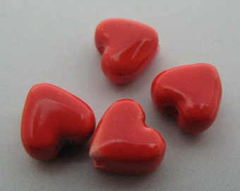 20 Ceramic Beads - Tiny Heart - CB528