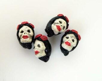10 Tiny Frida Skull Beads - brunette