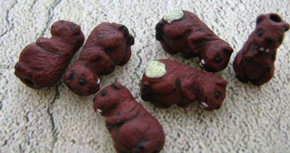 4 Tiny Beaver beads - Ceramic, Peruvian, Animal, - CB221