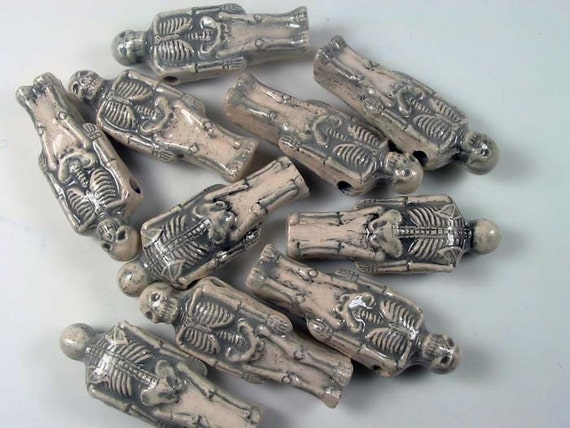 10 Large Skeleton Beads