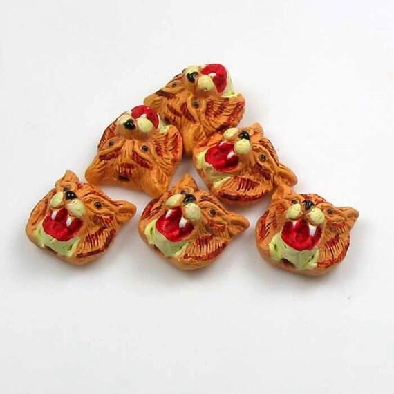 4 Tiny Wildcat Beads