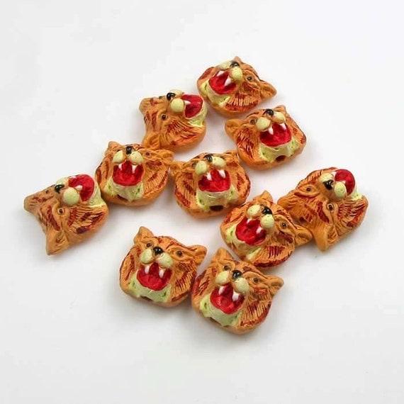 20 Tiny Wildcat Beads - Peruvian Beads - Ceramic Beads - halloween beads - holiday beads - animal beads - CB580