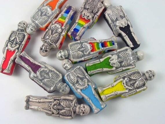 10 Ceramic Skeleton Beads - LG395