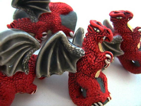10 Large Red Sitting Dragon Beads - LG206