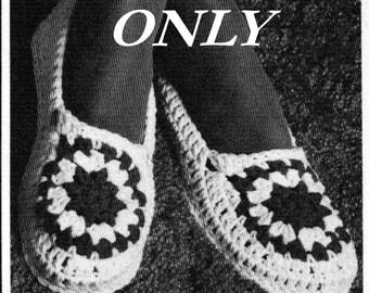 Crochet pattern - Women's slippers - pdf pattern - instant download