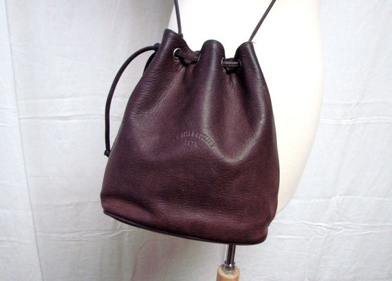 vintage Rustic Bucket drawstring Leather G H Bass Shoulder bag
