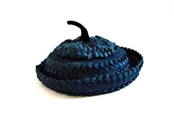 vintage1960s  Navy Blue Straw Pillbox pill box Hat