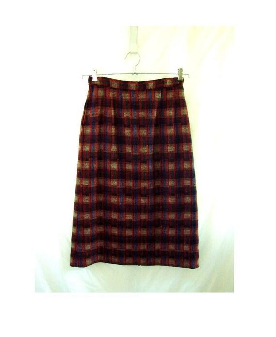 SALE plaid wool skirt / autumn wool plaid skirt size 10
