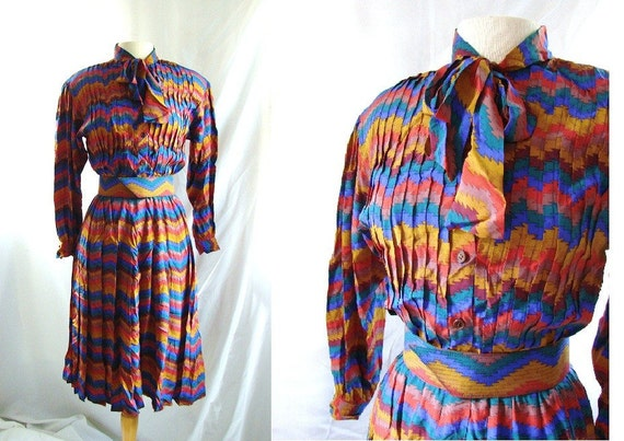 RESERVED RESERVED RESERVED silk Dress / vintage 1980s Mod ZigZag Pleated Silk Day  Dress