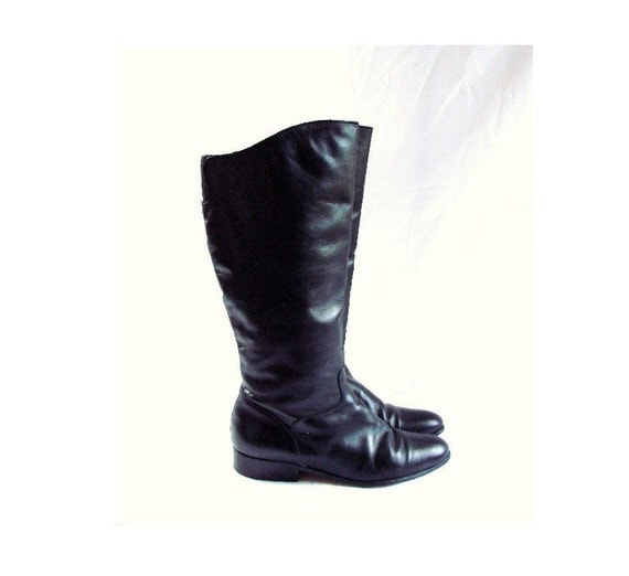 Vintage Tall Black Leather Boots  Shoes size 9 1/2