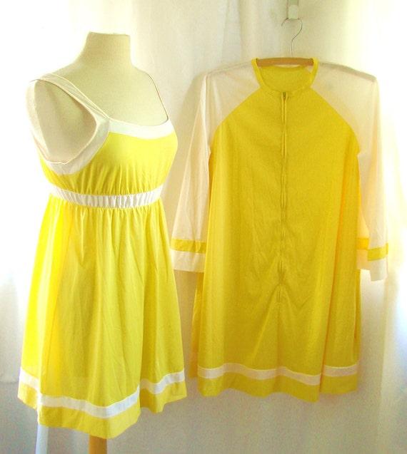 60s Peignoir Set Lingerie  / vintage 1960s Babydoll Nightie Nightgown Peignoir Pajama Lingerie Set / Lemonade