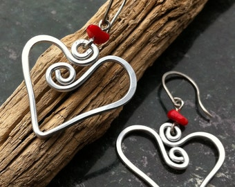 Heart Hammered Earrings HEART ME (RED)