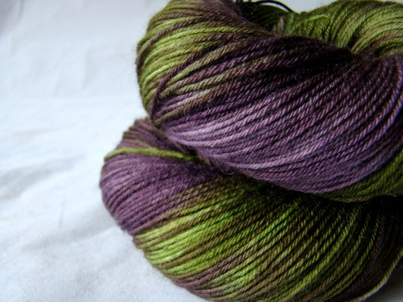 Superwash Bluefaced Leicester (BFL) Fingering/Sock Weight Yarn - 100g/400m