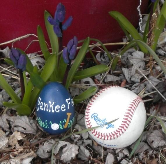 Sports Egg 4 - Yankees Fan