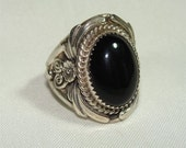 Nice Bold NAVAJO Vintage Size 7 1/2 RING with ONYX and Sterling Silver