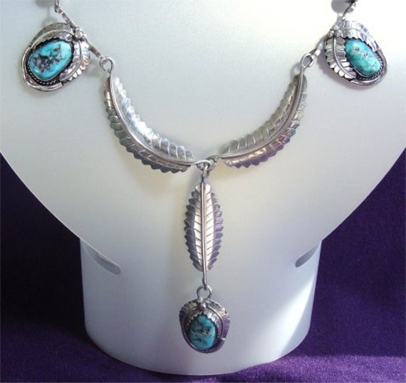 Vintage Signed NAVAJO Necklace Handmade with ROYSTON Turquoise